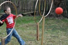 05 let your kids feel like playing quidditch in Harry Potter placing rings in the backyard