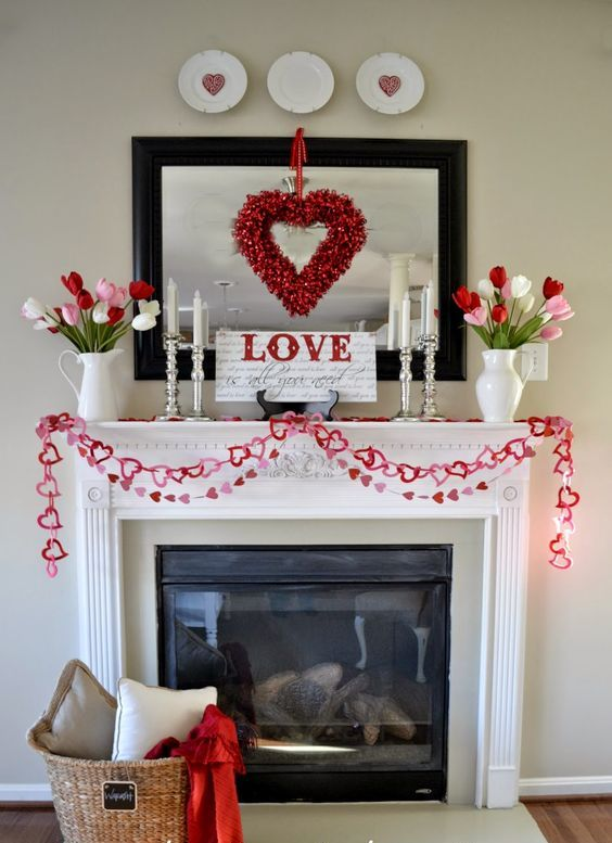 cute paper heart garlands in pink and red are to be cut out in a couple of minutes