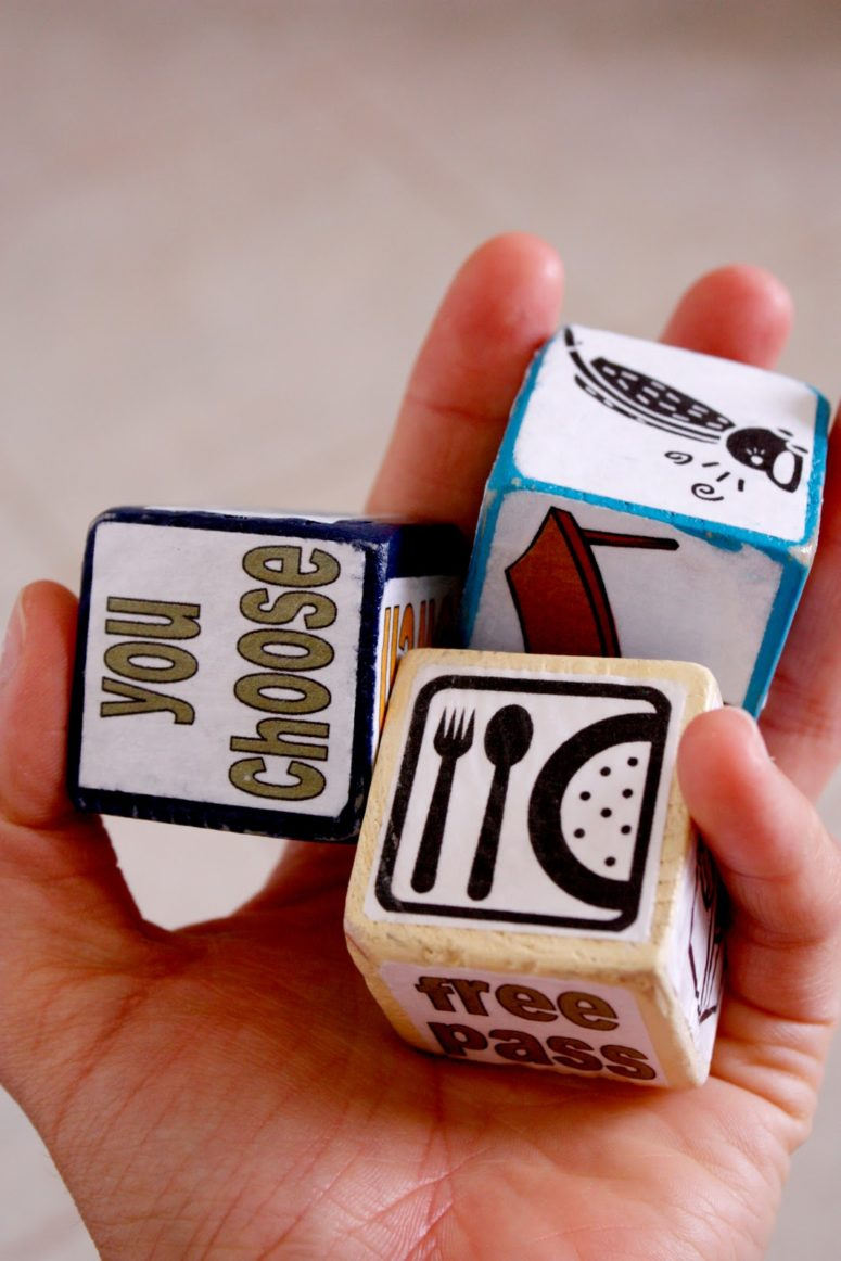 DIY chore dice (via www.deliacreates.com)