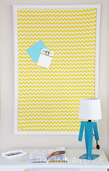 DIY fabric covered and framed pinboard (via www.the36thavenue.com)