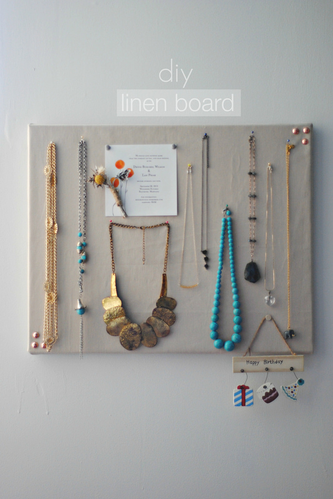 DIY linen pinboard for pinning jewelry