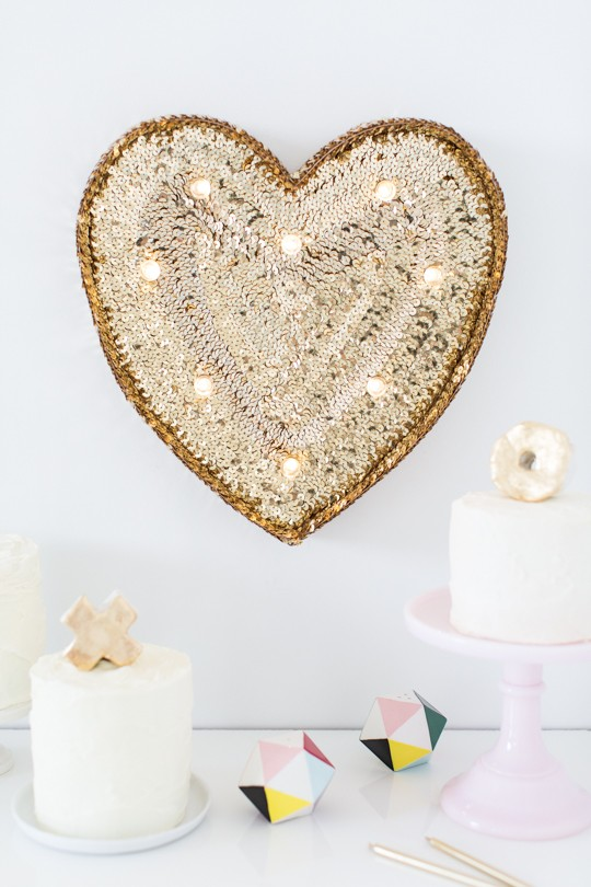 DIY gold sequin heart marquee sign (via sugarandcloth.com)
