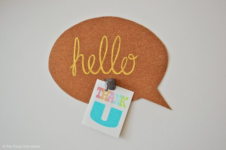 DIY speech bubble noticeboard (via thethingsshemakes.blogspot.ru)