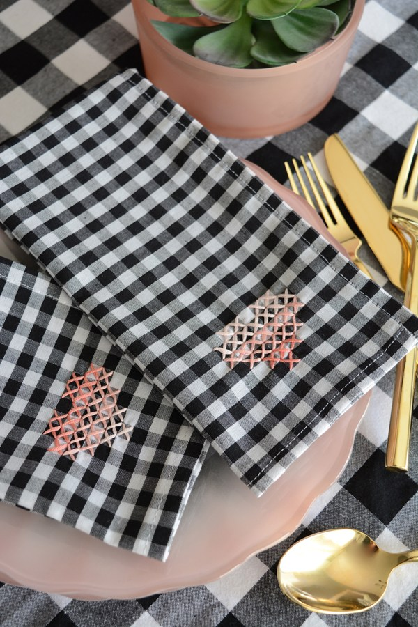 DIY cross-stitch heart napkins (via oleanderandpalm.com)