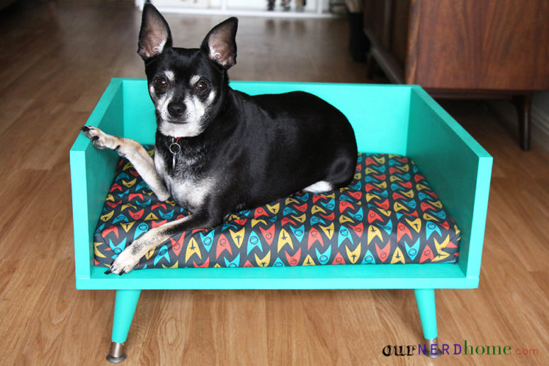 DIY mid-century modern dog bed (via ournerdhome.com)