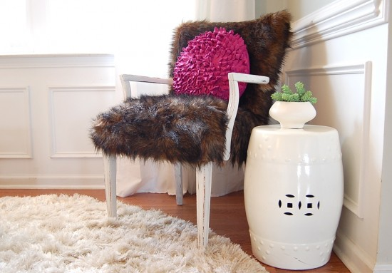 DIY faux fur armchair (via thenester.com)