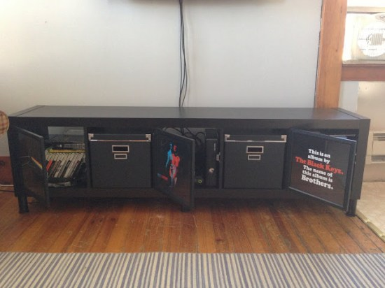DIY Expedit TV stand  (via www.ikeahackers.net)
