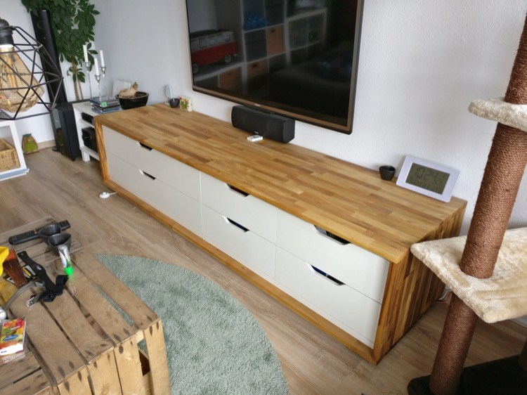 DIY IKEA Stolmen hack (via www.ikeahackers.net)