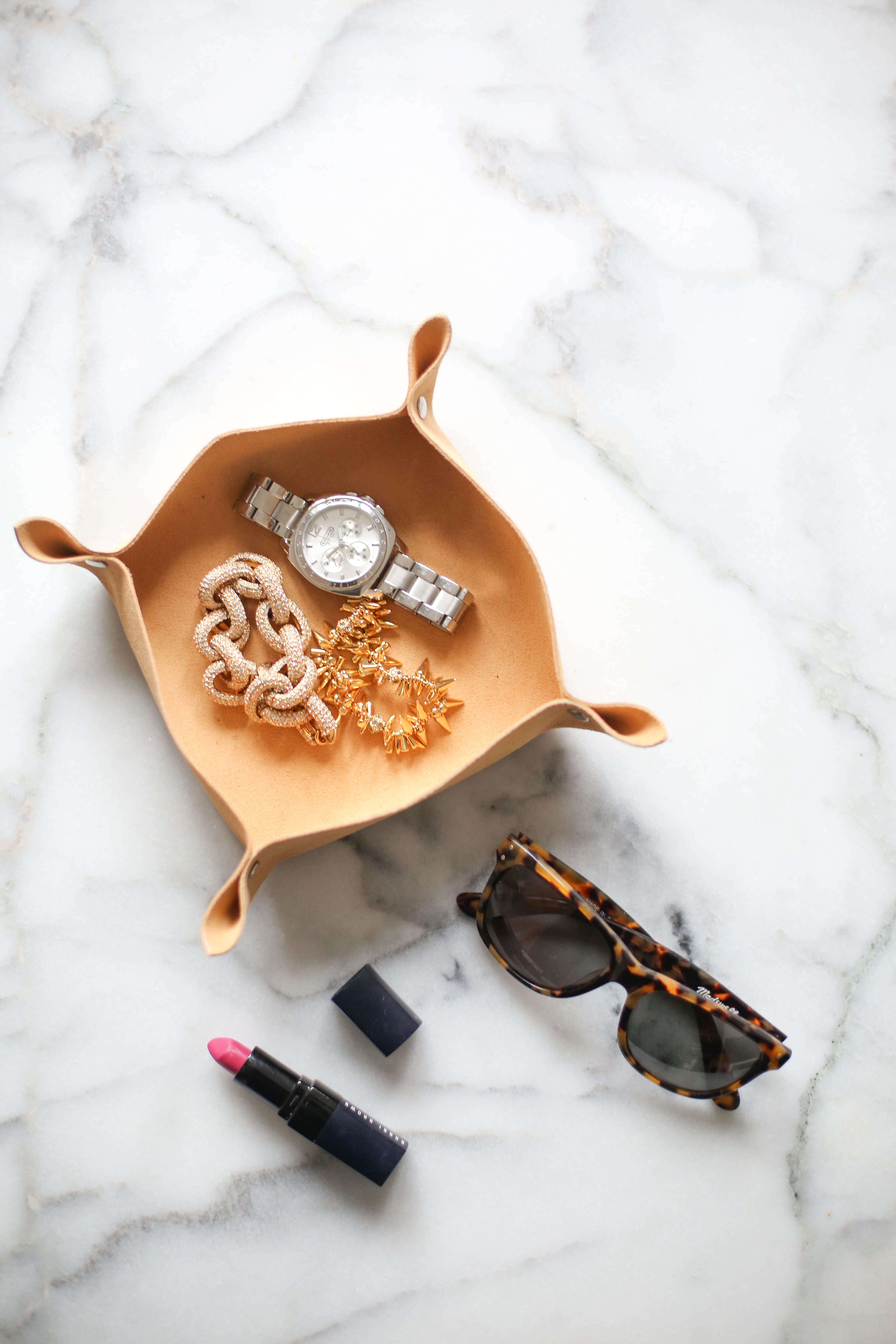 DIY cute leather catchall tray for jewelry