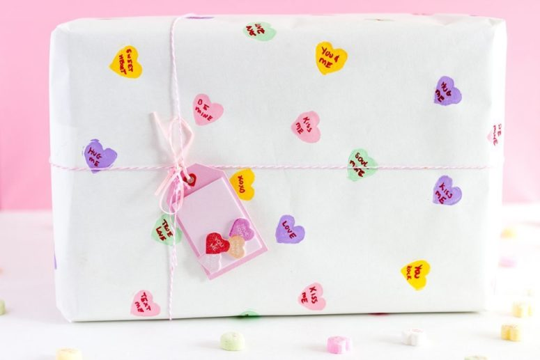 DIY conversation heart wrapping paper (via vickyb.tv)