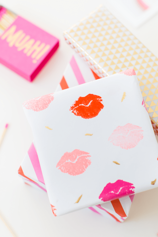 DIY lip stamped gift wrap