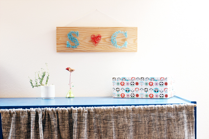 DIY monogram and heart string art sign (via look-what-i-made.com)