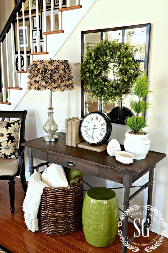 15 Easy Spring Entryway Decor Ideas - Shelterness