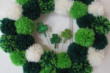 pompom wreath for st.patrick's day