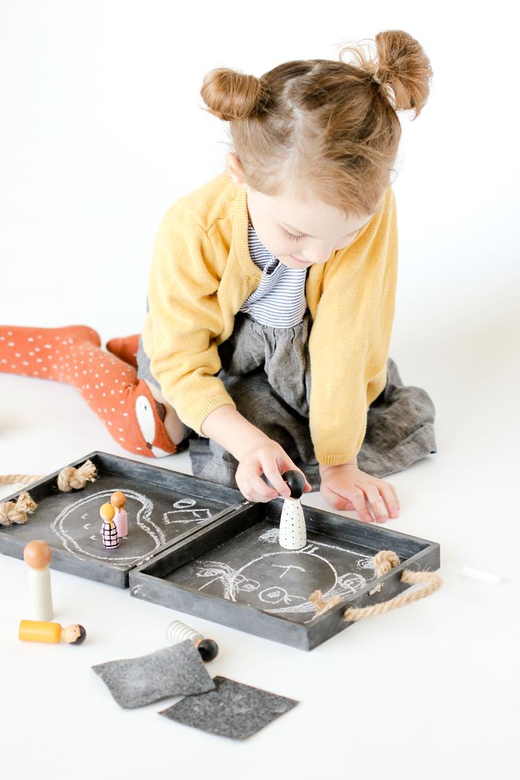 DIY travel chalkboard dollhouse
