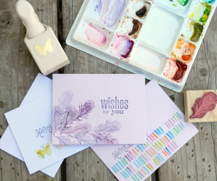 DIY watercolor cards with feathers (via www.growcreativeblog.com)