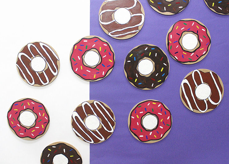 DIY donut coasters (via thecraftables.com)