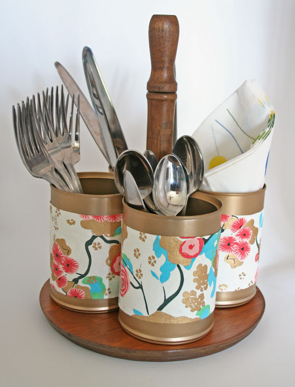DIY upcycled utensil caddy (via rappsodyinrooms.com)