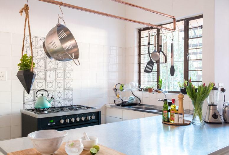 DIY copper kitchen utensil rack (via www.apartmenttherapy.com)