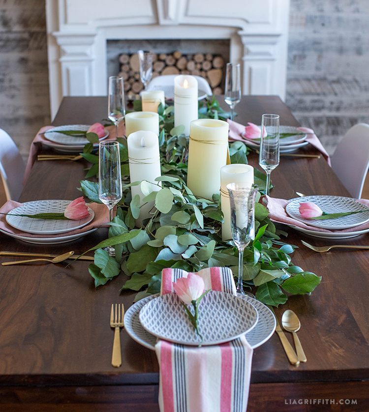 9 Diy Spring Table Runners Of Different Materials