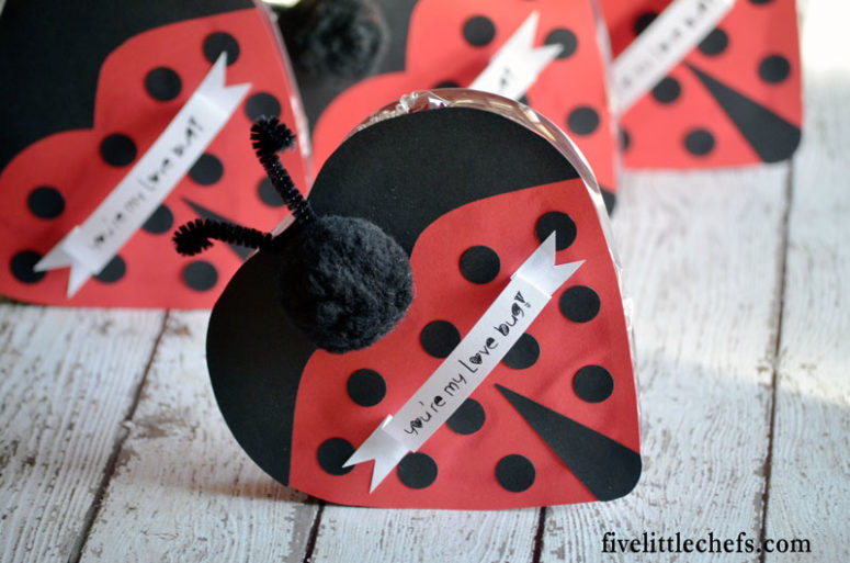 DIY love bug Valentine's Day box for kids (via www.fivelittlechefs.com)