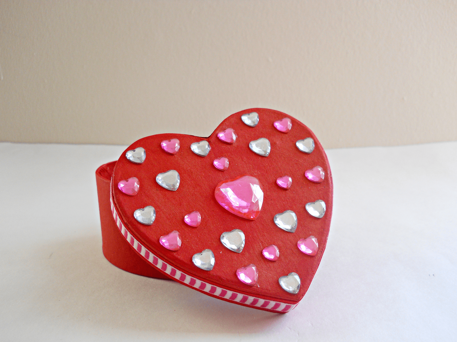 DIY heart shaped box with heart gems