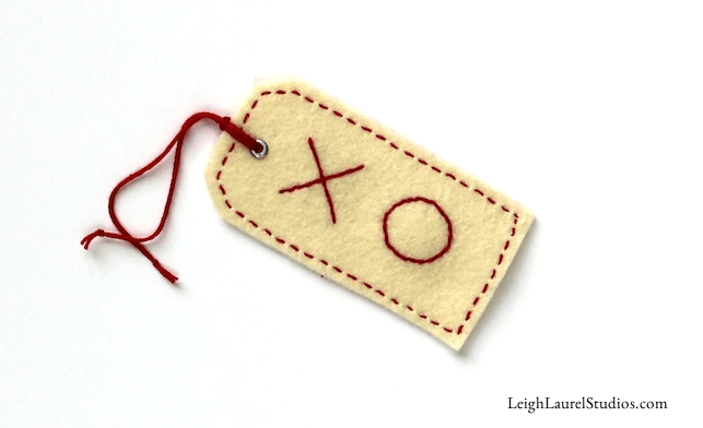 DIY embroidered Valentine gift tags (via www.leighlaurelstudios.com)