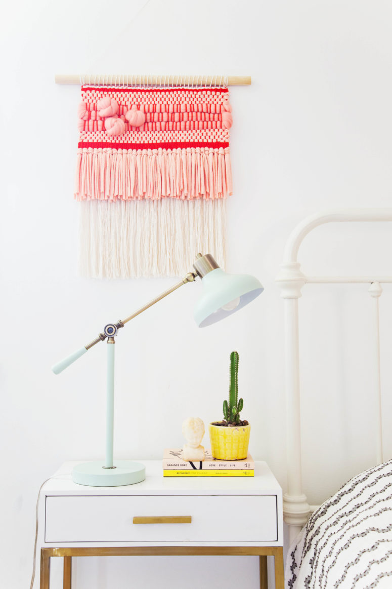 DIY woven hanging piece with extra texture and roving knots (via abeautifulmess.com)