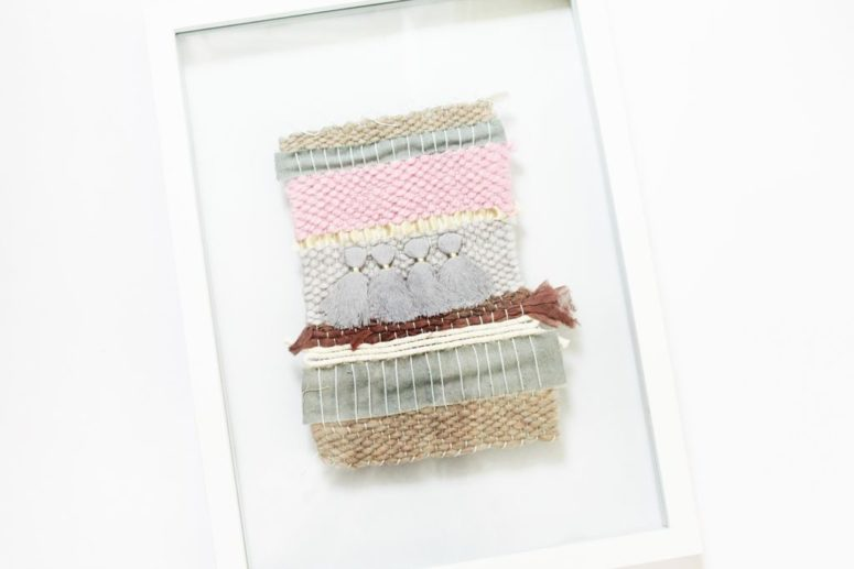 DIY framed mini woven art piece (via www.instructables.com)