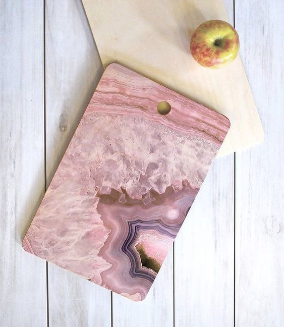 a chic geode-inspired cutting board for a contemporary feel in the kitchen
