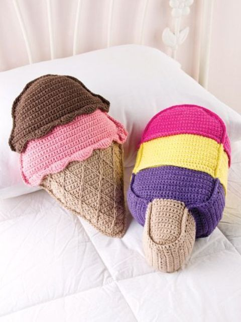 colorful ice cream crocheted pillows can be DIYed if you are familiar with the tehcnique