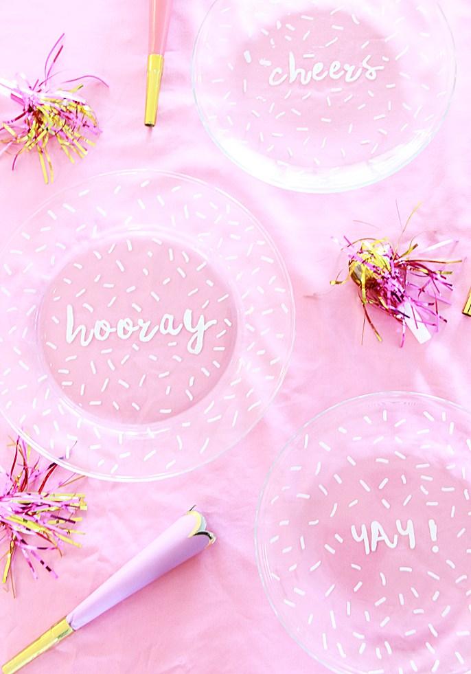 DIY confetti handwritten plates (via abubblylife.com)