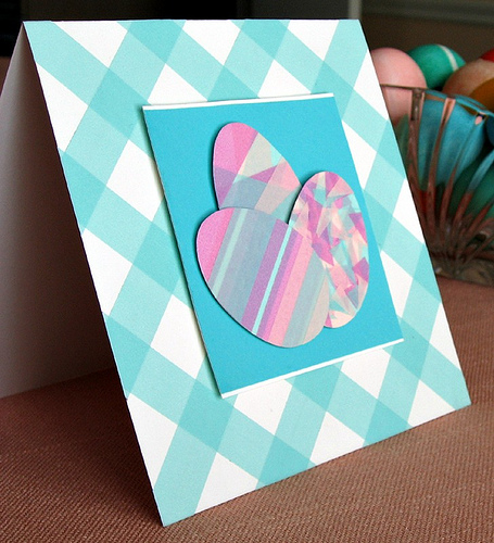 DIY checked cardstock card with washi tape eggs (via www.allthingspaper.net)