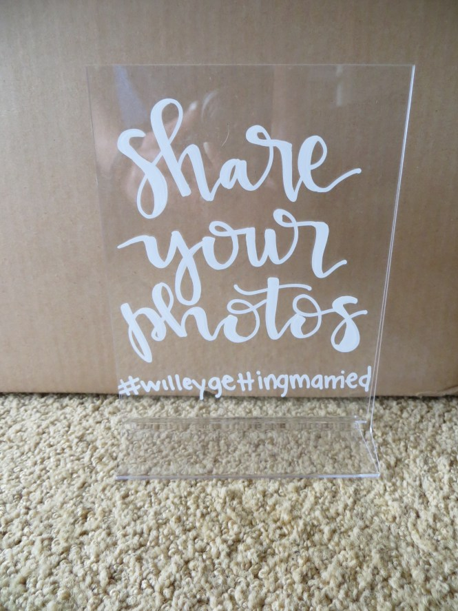DIY hand-lettered acrylic signs to make (via www.courtandkate.com)