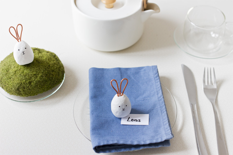 DIY air clay bunny card holders with wire ears for Easter