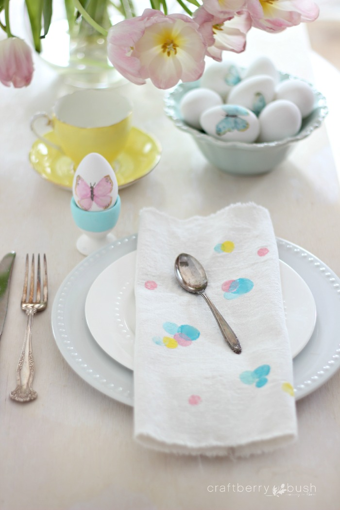 DIY carrot stamped napkins for Easter