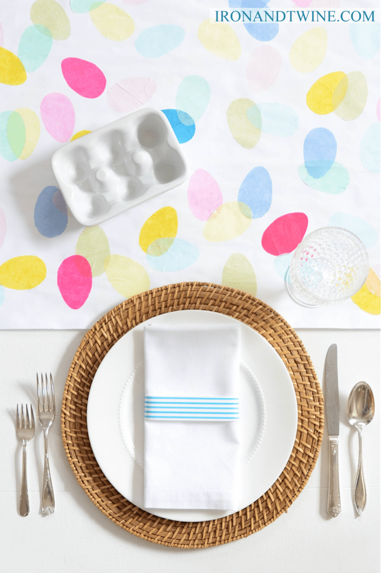 DIY colorful egg Easter table runner (via www.thehandmadehome.net)