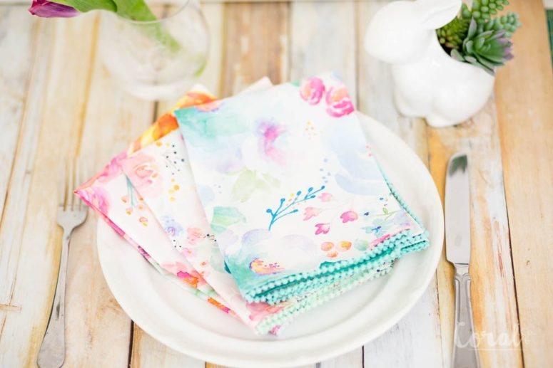 DIY watercolor floral print napkins (via www.coralandco.com)