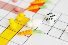 DIY Easter board game with chicks and bunnies