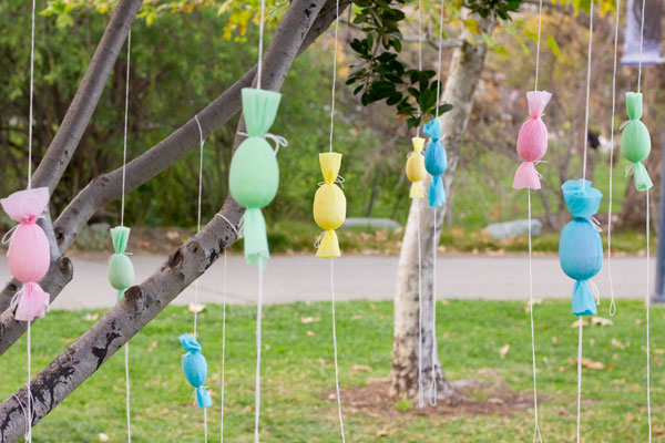 DIY egg popper tree with treats (via studiodiy.com)