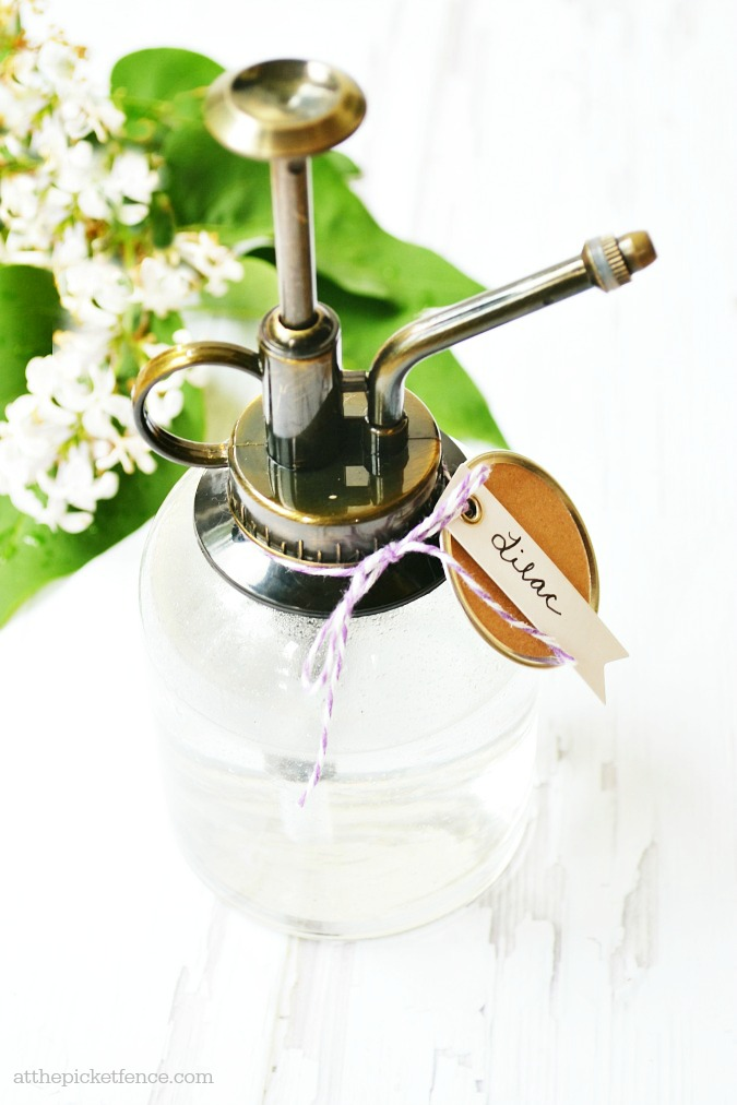 DIY lilac room spray (via www.atthepicketfence.com)