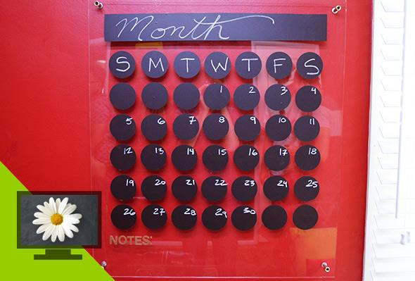 DIY acrylic and chalk dot calendar (via www.pgeveryday.com)