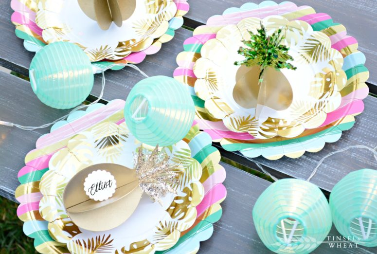 DIY 3D gilded pineapples for holding cards (via tinselandwheat.com)