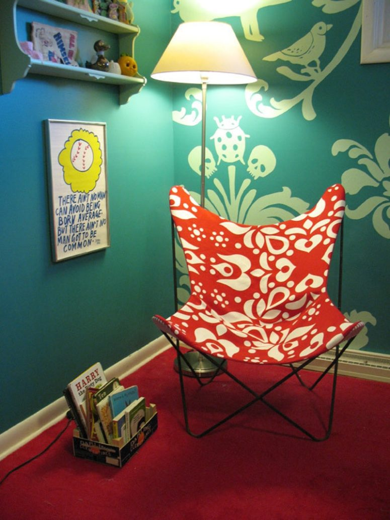 DIY colorful fabric butterfly chair cover (via www.apartmenttherapy.com)