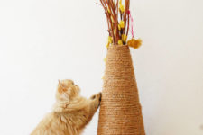DIY vase sisal rope cat scratcher
