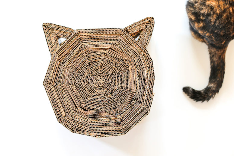DIY cardboard cat head-shaped scratcher (via www.saltycanary.com)