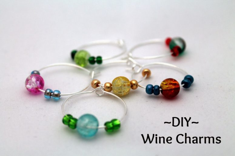 DIY colorful bead glass charms (via simplesilverlinings.blogspot.ru)