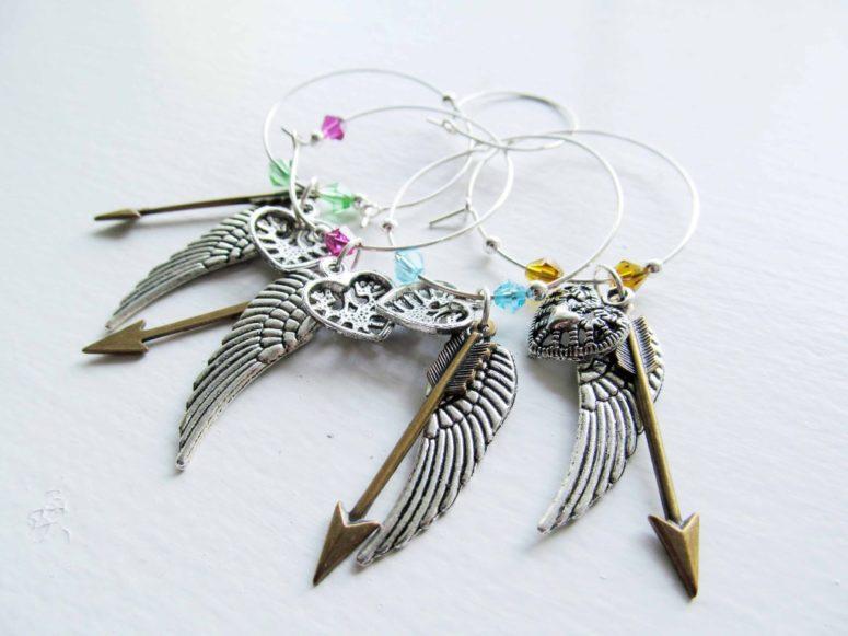 DIY jewelry pendant glass charms with beads (via asmithofalltrades.com)