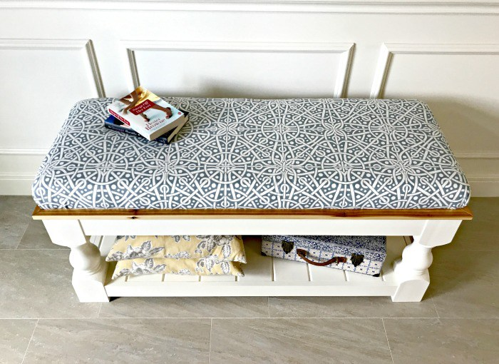 DIY vintage upholstered bench with open storage (via abbottsathome.com)