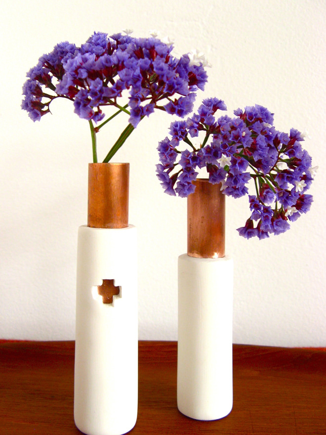 DIY porcelain and copper pipe vases (via thefeltedfox.blogspot.de)